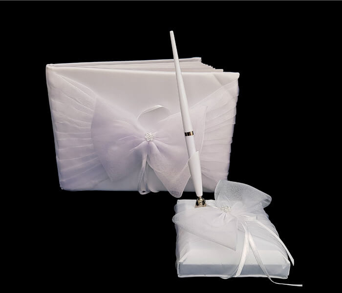 120-072 Guest Books with Pen Set Large Organza Bow Comes with Bride _ Groom Family Pages Attendants Pages with 60 Pages for Guests to Sign 24.00 set