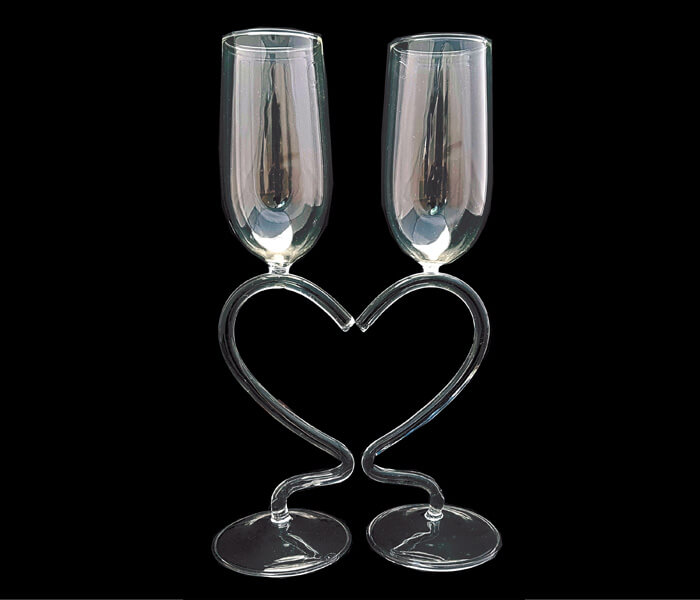 120-1072 Toasting Glasses Heart Stem 22.00 pra