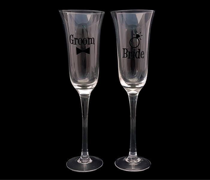 120-609 Toasting Glasses Bride and Groom 15.00