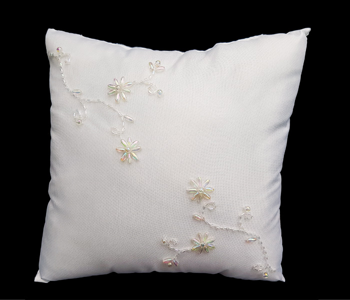 BR 4154 White ring pillow with crystal flowers Embroided 8.50